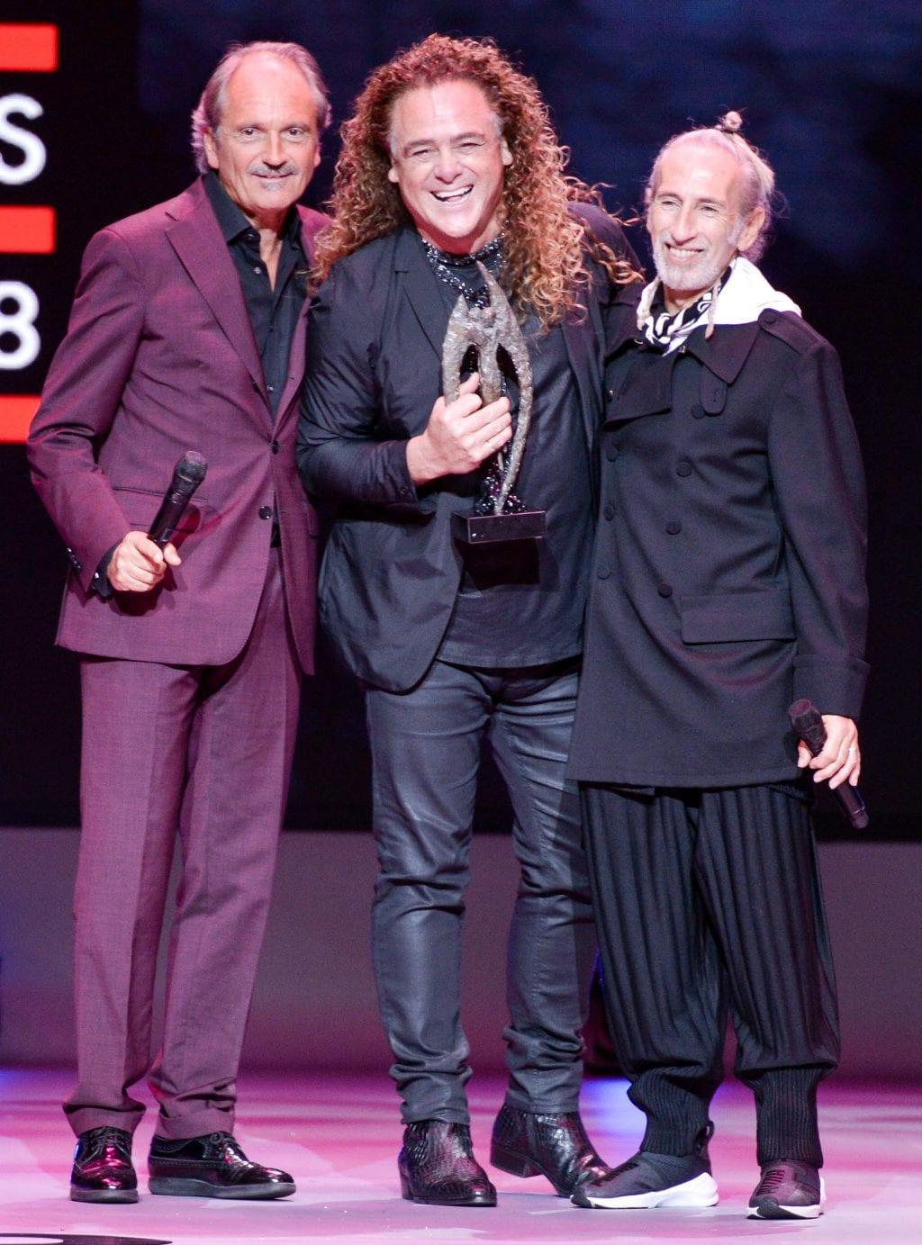 Patrick Cameron receiving the Legend Award