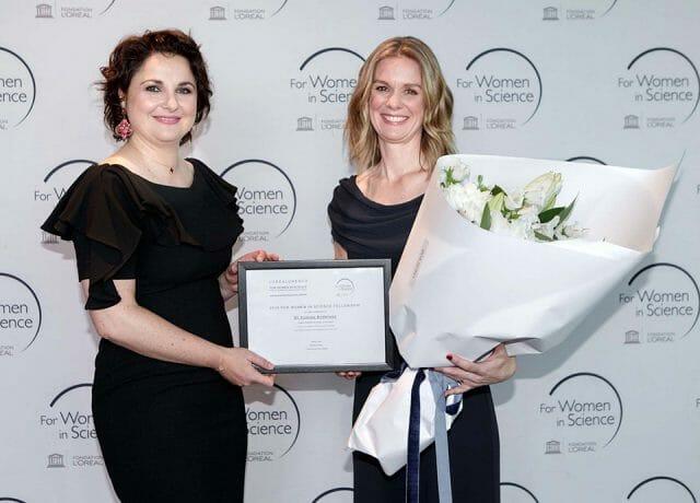 Aurelie de Cremiers and Dr Yvonne Anderson L'Oréal-UNESCO For Women in Science New Zealand fellowship